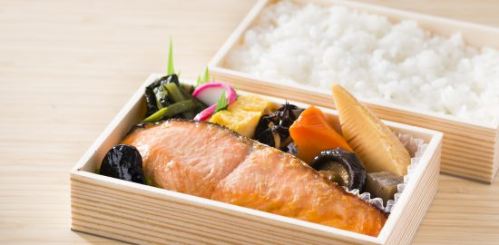 越乃甘粕漬銀鮭弁当